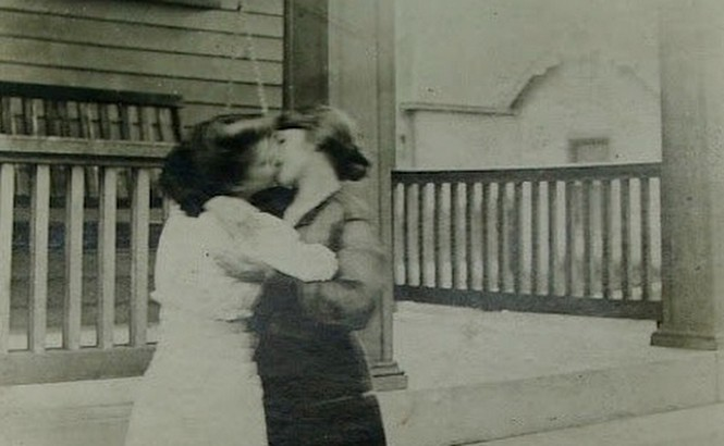baiser femmes